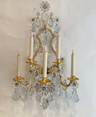 A pair of gilded and glass wall-lights - Maison Baguès - Lighting Style 50