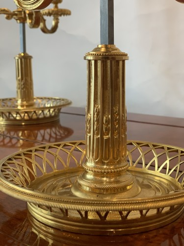 A pair of French gilt bronze and painted tole bouillotte lamps - Lighting Style
