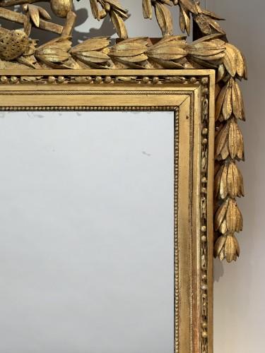 Mirrors, Trumeau  - A large Louis XVI rectangular giltwood mirror
