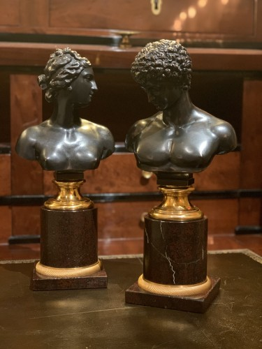A pair of bronze busts after the antique - Venus and Antinous -