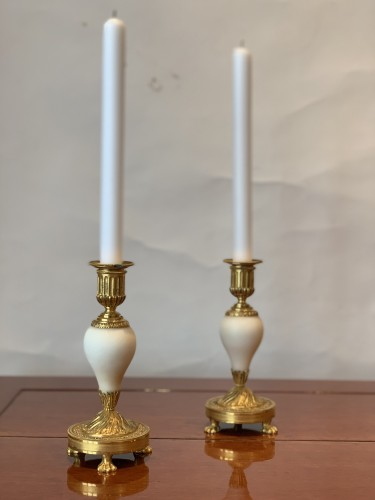 18th century - A pair of Louis XVI ormolu mounted Carrara marble candlesticks