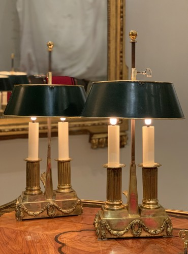 A set of two Louis XVI gilt bronze bouillotte lamps, late 18th century - Lighting Style Louis XVI