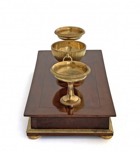 19th century - An Empire ormolu mounted mahogany inkstand