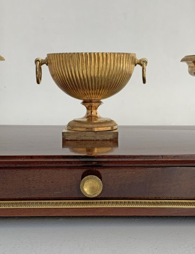 Antiquités - An Empire ormolu mounted mahogany inkstand