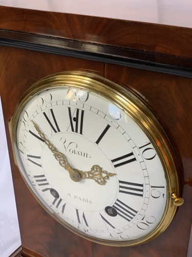 Antiquités - Jean Antoine Voisin - A large mahogany clock