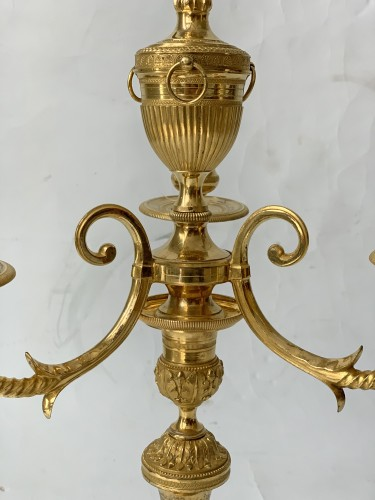 Antiquités - A pair of three-light Directoire ormolu bouillotte lamps