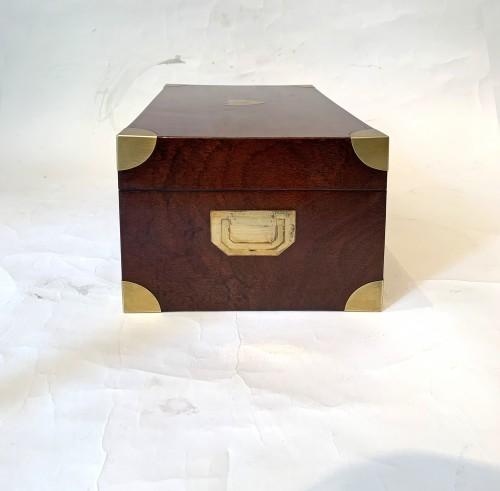Empire - A brass inlaid and gilded bronze Empire amboyna burl casket