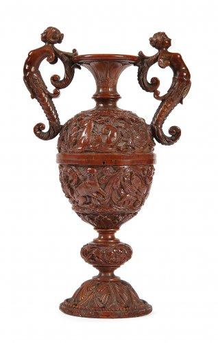 Vase en noix de Corozo