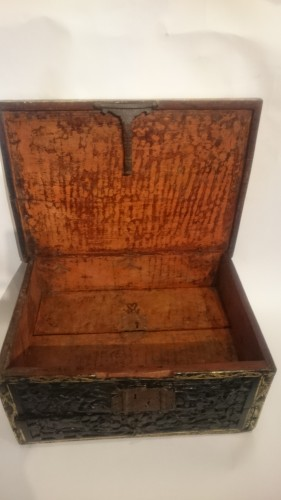 Curiosities  - Lacquered writing case from Pegu, Indo-Burmese 16th century