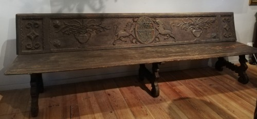 - Large bench, Spain 17th century