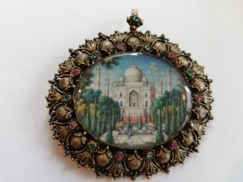 Curiosities  - Miniature watercolor Taj Mahal 19th century