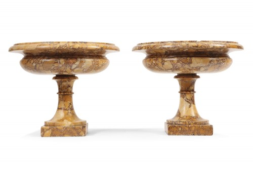 Decorative Objects  - Pair of marble cups 19th century