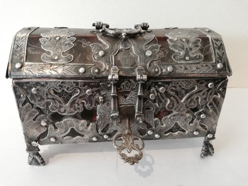 Antique Silver  - Mexican box, 1st half of the 18th century