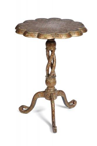 Indian pedestal table, 19th century Kashmir - Furniture Style