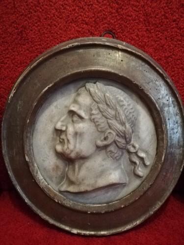 Sculpture  - Marble medaillon Roman Emperos 17th century