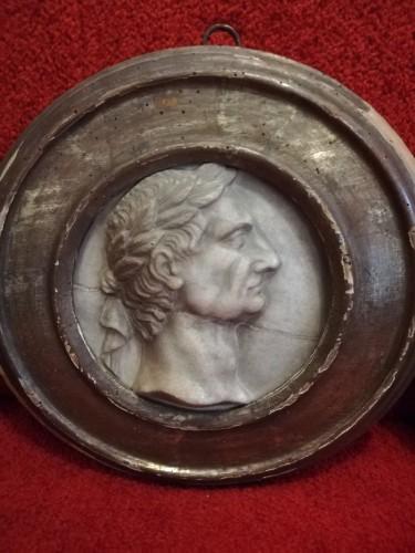 17th century - Marble medaillon Roman Emperos 17th century