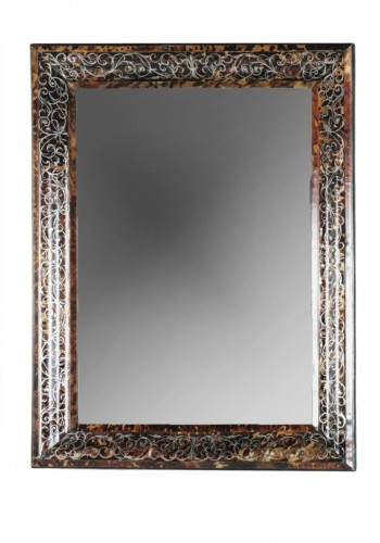 Mirror in brown tortoiseshell, France 17th century
