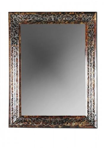 Mirror in brown tortoiseshell, France 17th century