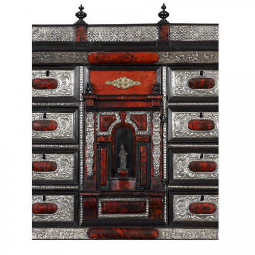 Italian cabinet and its console - 18th century -