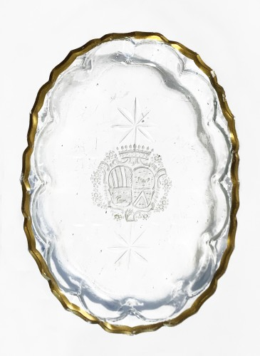 Oval glass dish curved 18th century - Glass & Crystal Style