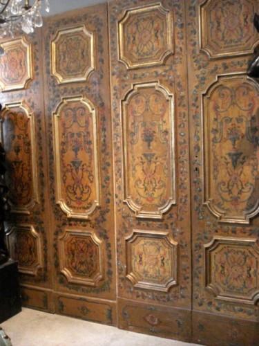 Serie of polychrome italians doors 18th century