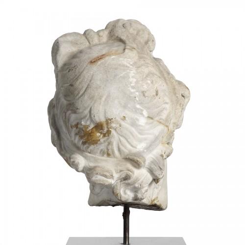 Sculpture  - Marble head - Italy 17th century