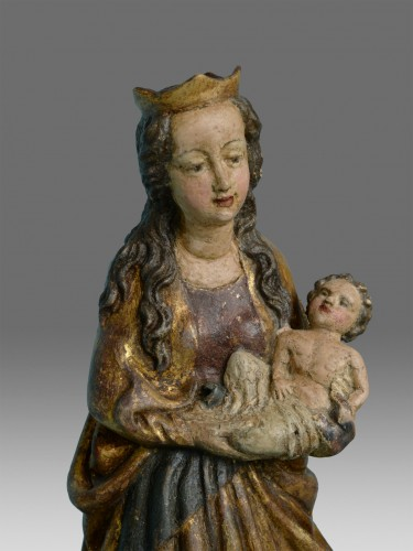 Virgin with the child - Sculpture Style Middle age
