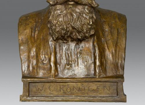 20th century - Bust of W. C. Röntgen by Reinhold Felderhoff Berlin