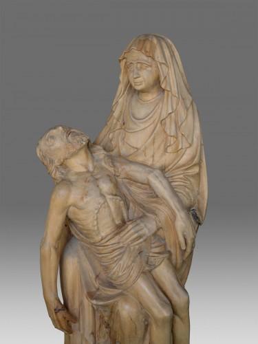 <= 16th century - Late Gotic Pieta Sculpture