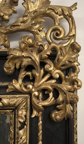 A late 17th century Italian blackened wood and Parcel Gilt Mirror - Mirrors, Trumeau Style