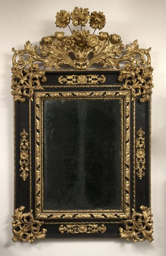 17th century - A late 17th century Italian blackened wood and Parcel Gilt Mirror