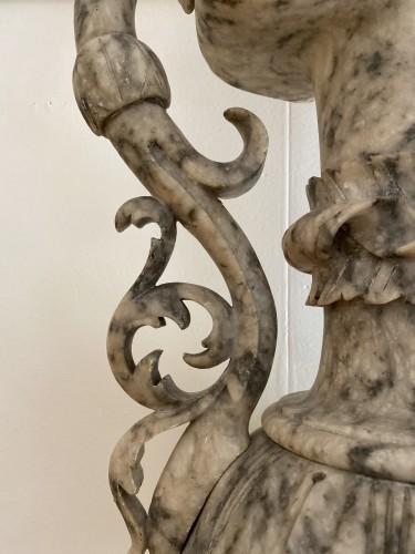 19th century - Pair of ewers in alabaster