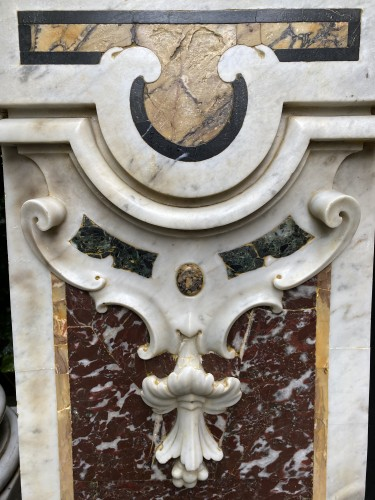 17th century - Pair of marble panels
