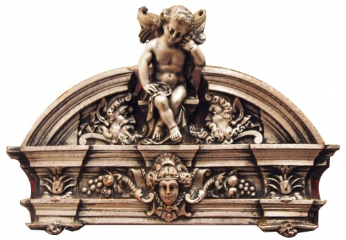 Decorative Objects  - A slab , reprsenting a woman on profil in marble