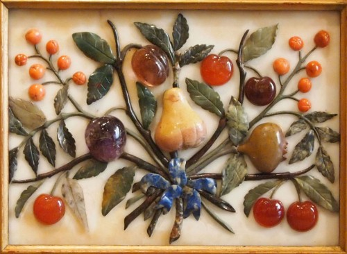 Slab of marble with fruits - Decorative Objects Style