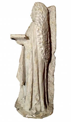 Sculpture  - Sainte Barbe in stone 16 th century
