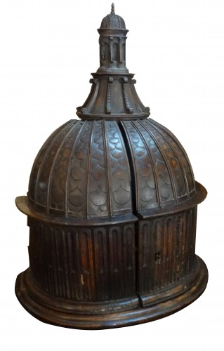 A late 16th century Baptistery, in walnut wood