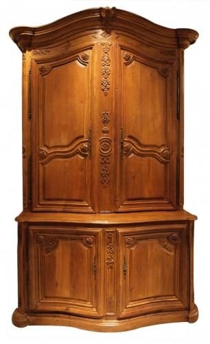 Oak Cupboard in two parts 18th century