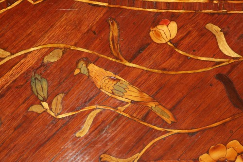 Scriban in floral marquetry, attributed to Nicolas Couleru - Louis XV