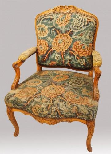 Seating  - Pair of Regency armchairs