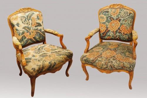 18th century - Pair of Regency armchairs