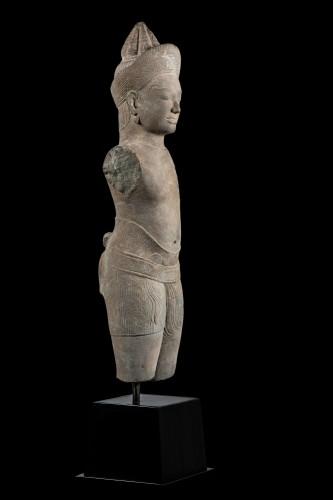 Vishnu Khmer 11th century - Asian Works of Art Style