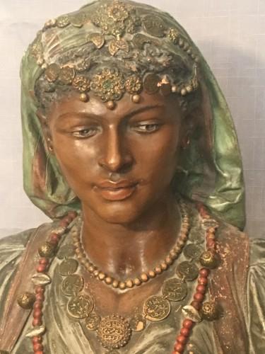 Bust of an oriental woman - Joseph Le Guluche  (1849 -1915) - Sculpture Style