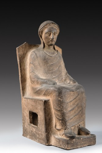 Seated lady - Ancient Art Style