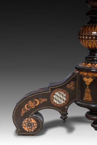 Furniture  - Pedestal table