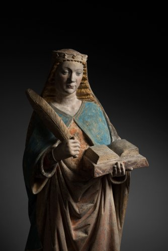 Holy woman - Sculpture Style