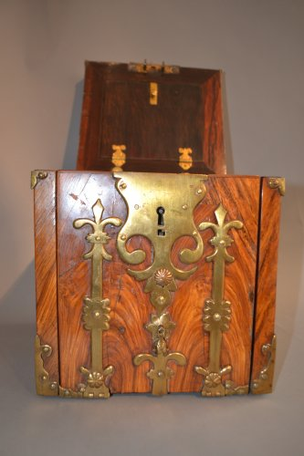 Box of changer of the seventeenth century - Curiosities Style Louis XIV