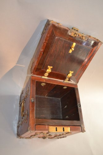 Curiosities  - Box of changer of the seventeenth century