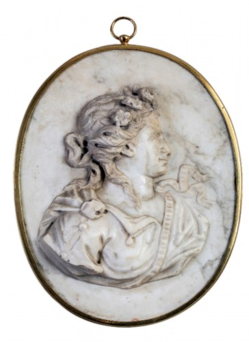 Allegory of Spring, marble medallion - France 18th century
