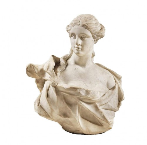 Italian bust of woman - 17th century